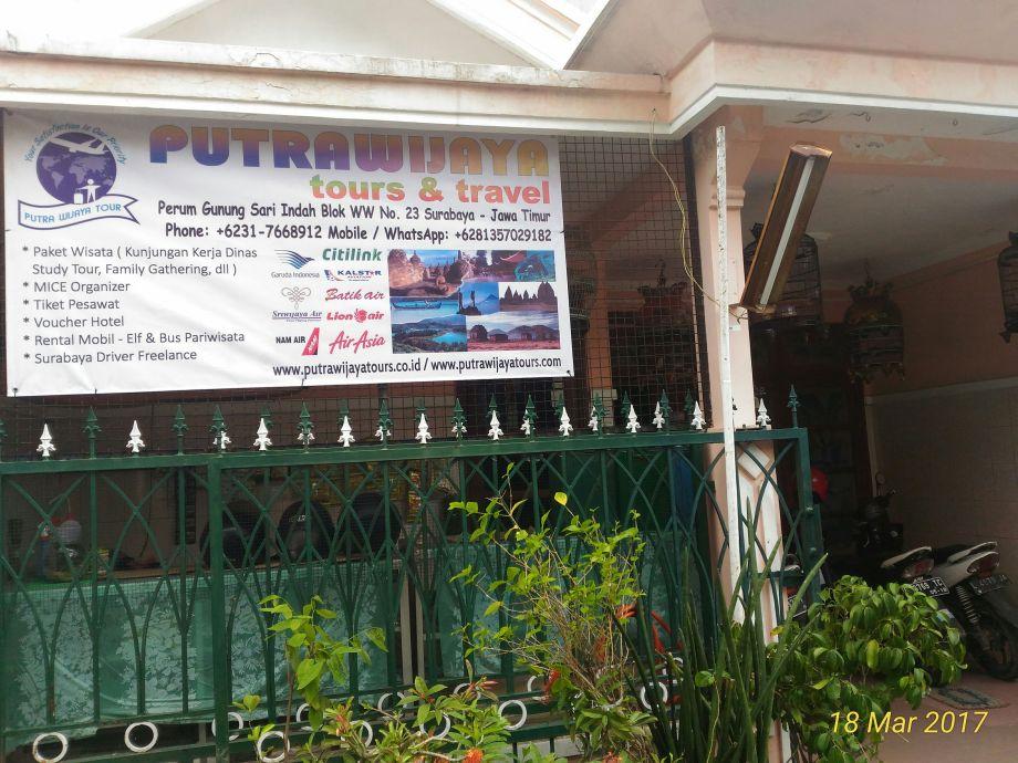 Kantor Putra Wijaya Tours Surabaya
